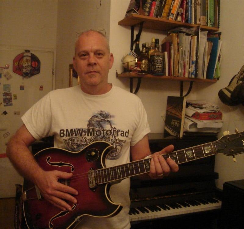 מוס רוזנרמצטרף למכללת bpm כמרצה לקורס כתיבה, הלחנה והפקת שירים.