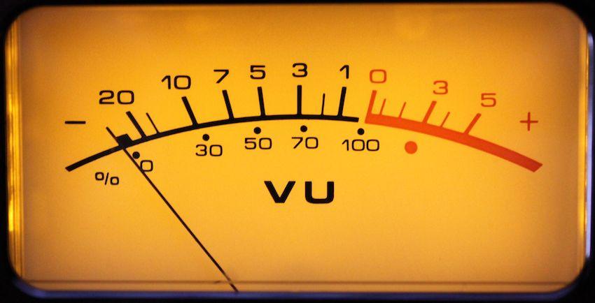 איך מכינים שיר למאסטרינג? טיפים מקצועיים