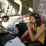 משדרים מרוקנרולר – מאחורי הקלעים של הקמת תחנת רדיו בפסטיבל המצליח