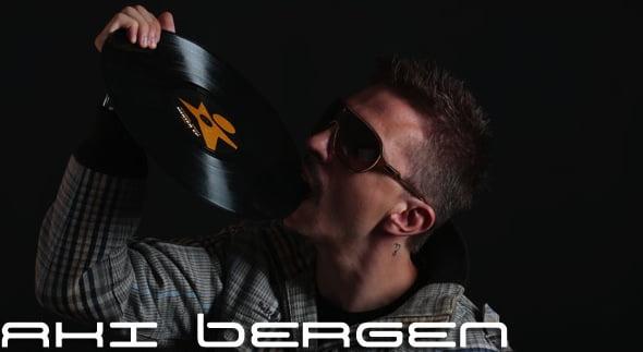 DJ AKI BERGEN Italy מתארח במסיבת יום עצמאות מיוחדת!