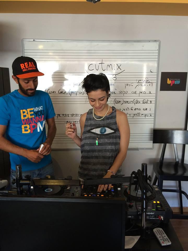 נינט טייב – בוגרת קורס די ג'יי – DJ
