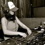 DJ Winnnie Pootz (ענבר רוסו)