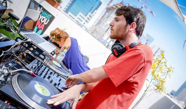 לימודי DJ