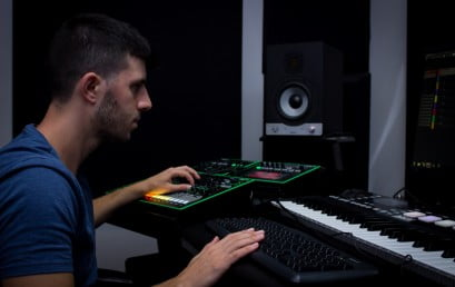 הפקת מוסיקה למשחקים – מאור שבו, בוגר מכללת BPM, יוצר פסקול למשחק TOT's
