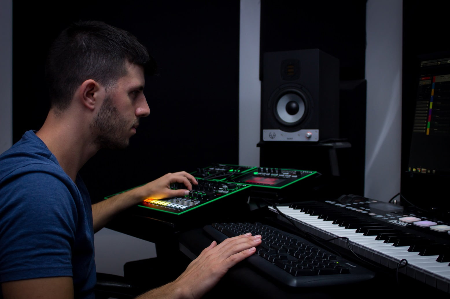 הפקת מוסיקה למשחקים – מאור שבו, בוגר BPM, יוצר פסקול למשחק TOT's