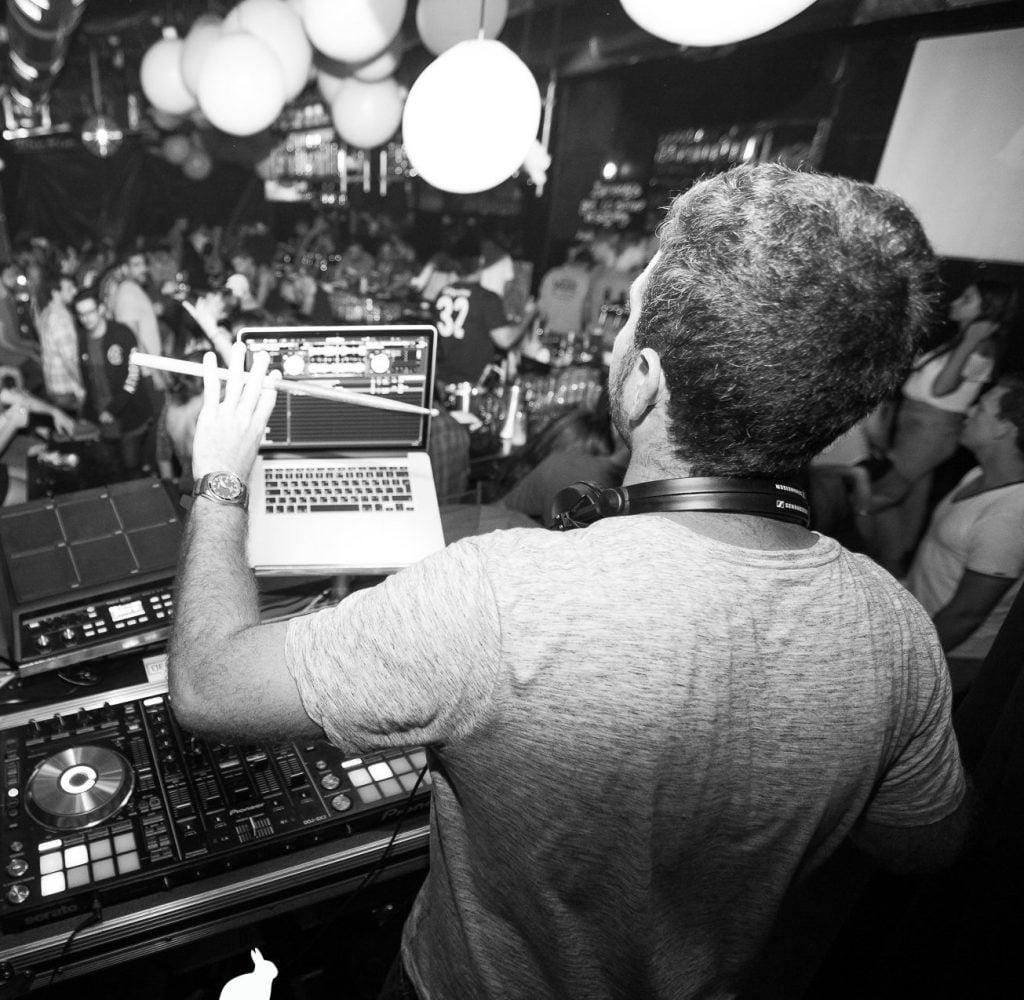 ה-DJ השבועי המומלץ Ofek Geller - מכללת BPM