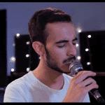 """אמיר אלמלן מבצע את 'מלב אל נשמה' ב""""חשיפה ראשונה"""""""
