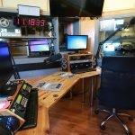 איך להקים תחנת רדיו? בוגר המכללה יובל יוספסון בראיון