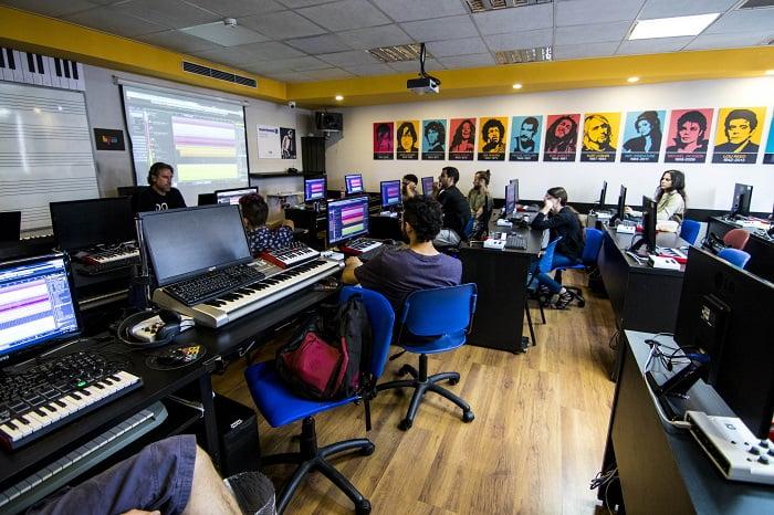 הוראה ושיעורים פרטיים במוזיקה כאפיק פרנסה - מכללת BPM