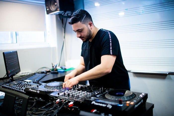 ציוד ל-DJ, הקדמה - מכללת BPM