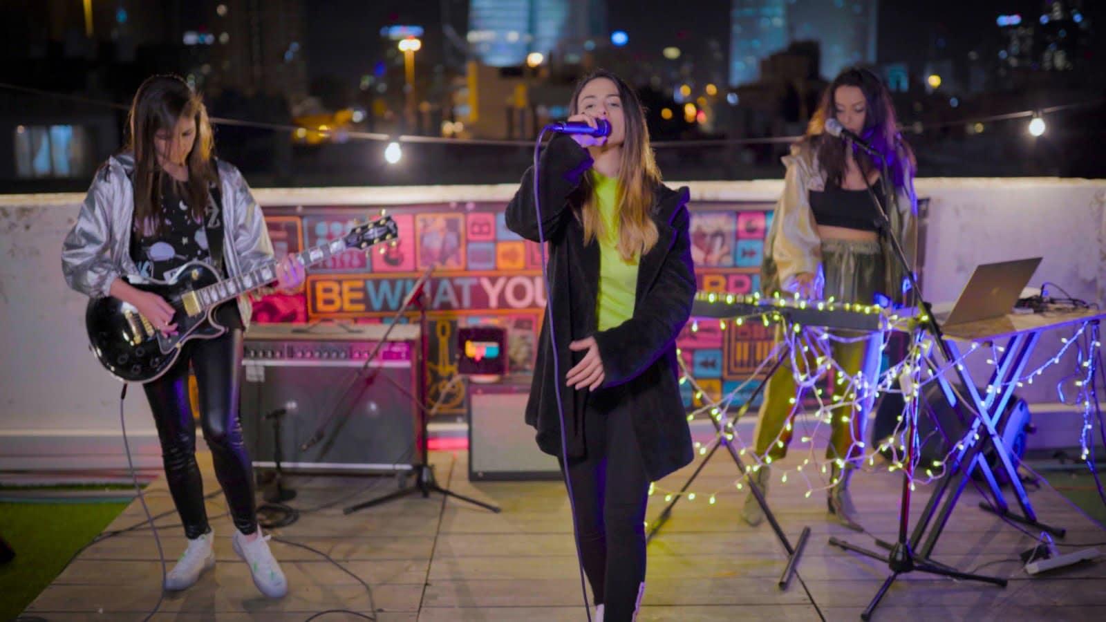 בנות הטום מבצעות את 'יפו' ב-BPM @ Night