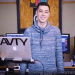 דיג'יי צבאי, ראיון עם בוגר המכללה יובל אבטליון