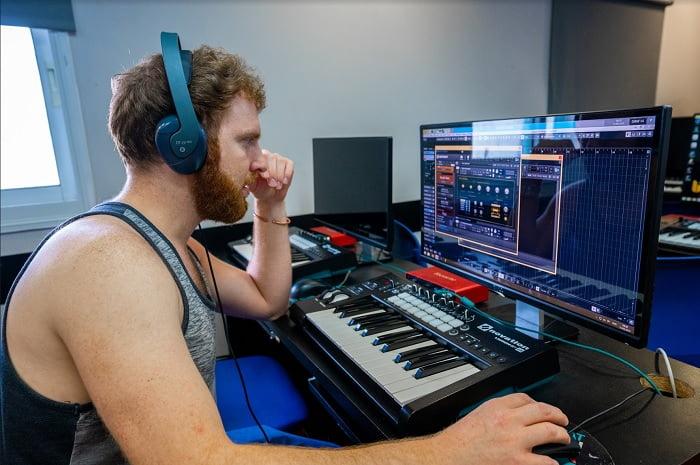 ללמוד מוזיקה אונליין, משוב חי