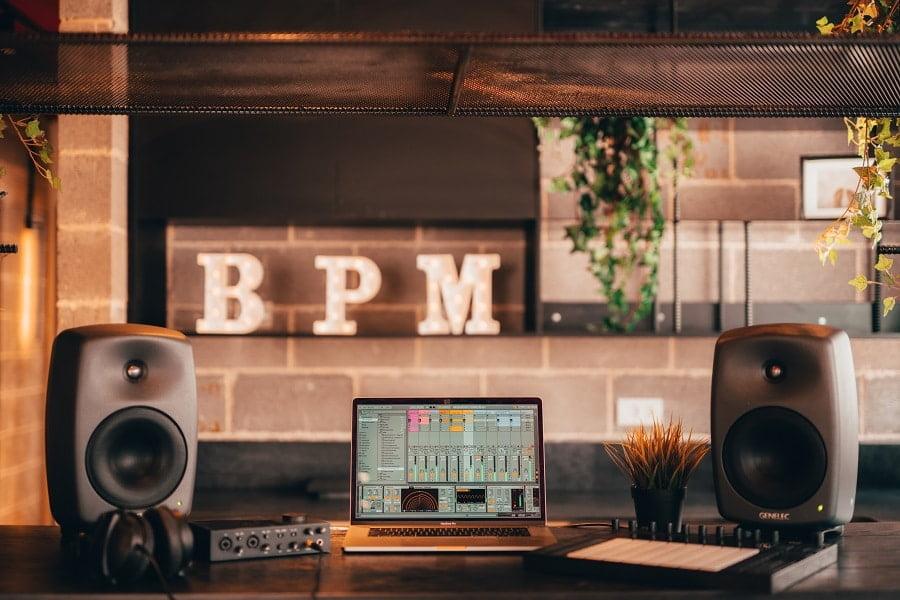"""קורס Ableton Live אונליין, לימודי אבלטון לייב עם הסמכה בינ""""ל - מכללת BPM"""