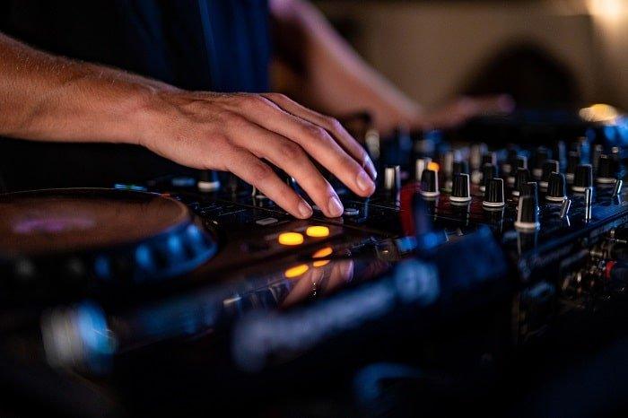 ציוד DJ, המדריך לרכישה חכמה - מכללת BPM